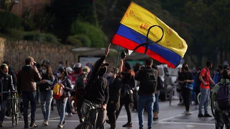 Siguen manifestaciones, contra la administración Duque