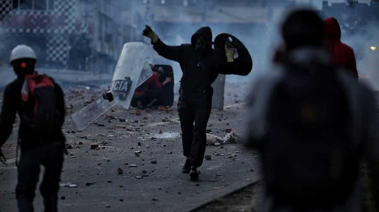 La lucha por el cambio del país, sigue en las calles